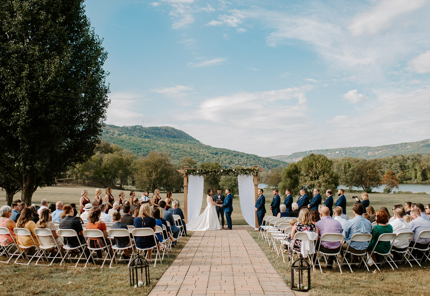 Chattanooga waterfront wedding ceremony