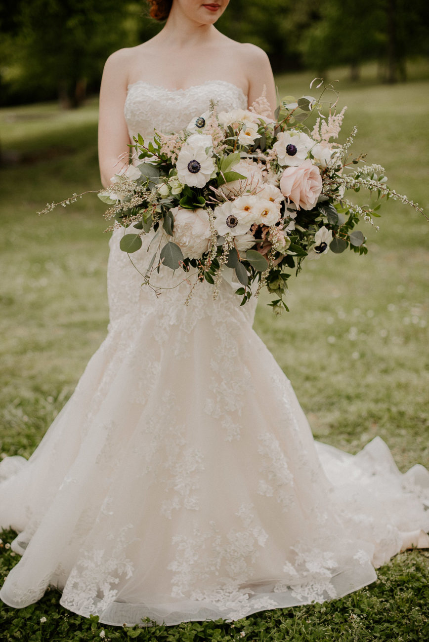 cascading bridal bouquet downtown Nashville